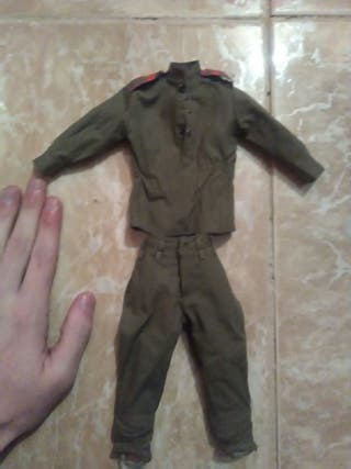 Escala 1/6 uniforme ruso