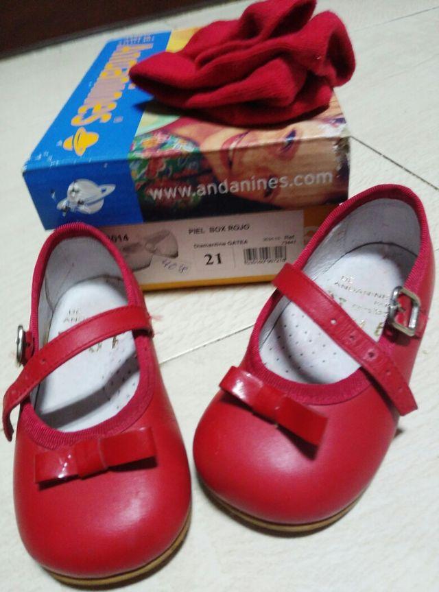 02b37a5d Zapatos rojos niña, talla 21, marca andanines de segunda mano por 12 ...