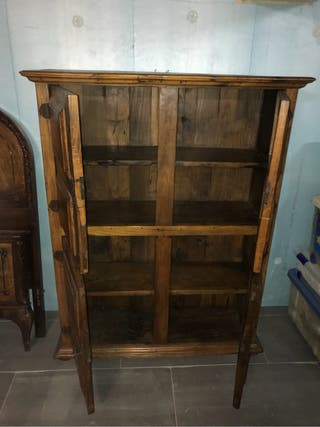 Mueble antiguo mas de 100 años