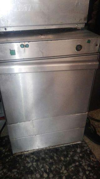 Lavavajillas lavavasos y todo restaurante