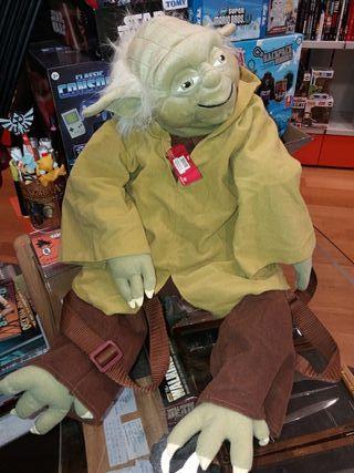 Mochila Peluche Yoda