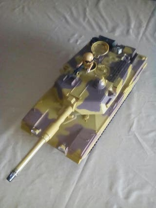 tanque M1 abrams+ conductor playmobil