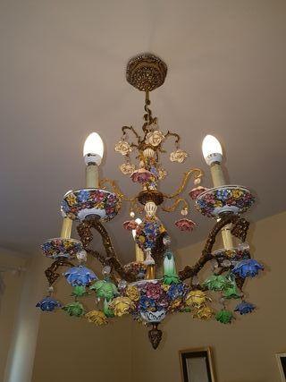 lote de lamparas de techo y mesilla