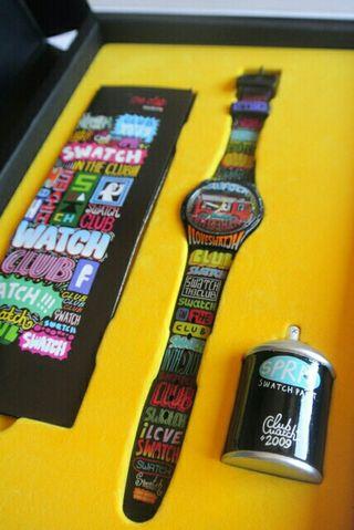 Reloj marca Swatch graffiti