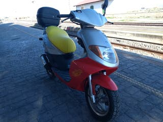 moto scooter Daelim S Five 50cc