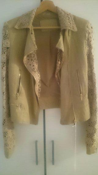 Chaqueta de mujer,color beige y talla S