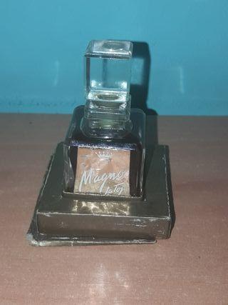frasco de perfume magno de la toja 1955