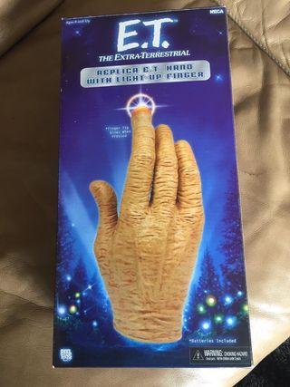Replica de mano ET