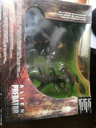 Mcfarlane alien vs predator deluxe boxed set