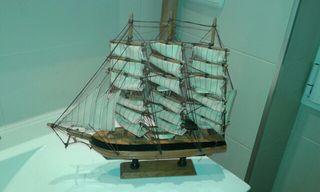 barco adorno