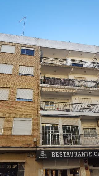 piso cheste (venta o alquiler )