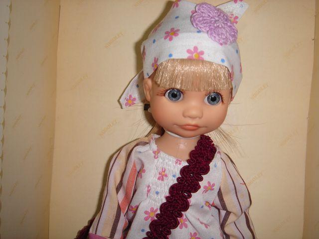 Muñeca Nugolet sabrina camisa flores