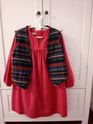 vestido ,chaleco y belle chiara 50€