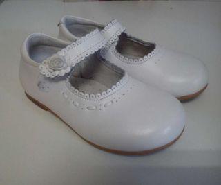 Zapato niña. NUEVO.