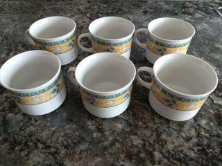 Tazas de café con leche.