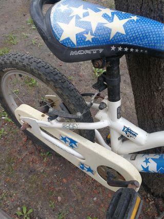 Bicicleta BMX Monty infantil.