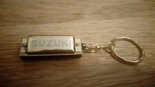 Mini armónica Suzuki