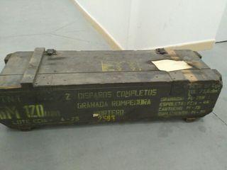 Caja munición militar