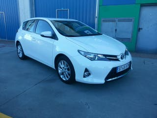 Toyota Auris 2014 2.0 D4D advance