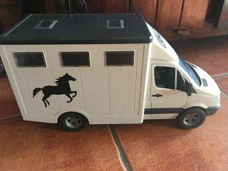 camión de caballos