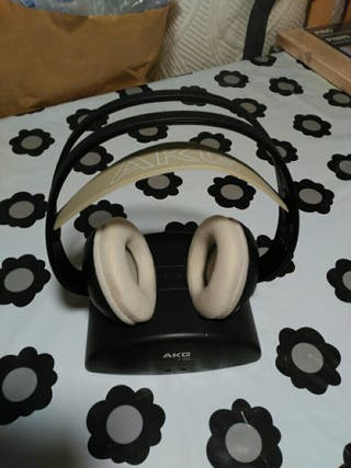 Auriculares inalámbricos AKG