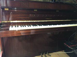 Piano Yamha M1J
