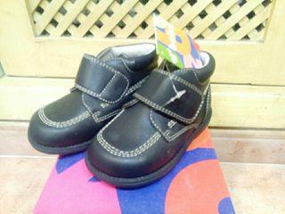 Zapatos bebé marca d'bebé