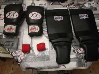 guantes boxeo y espinilleras Muay thay