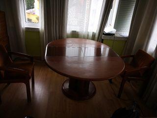 mesa extensible con 4 sillas a juego