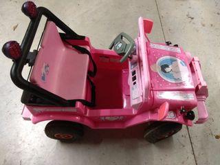 coche electrico niña