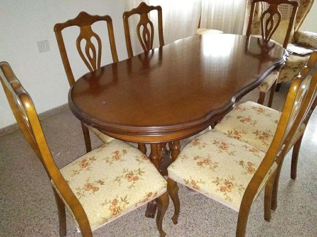 Conjunto mesa y sillas comedor de segunda mano por 100 € en Elda ...