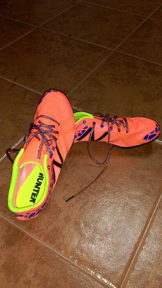 Zapatillas atletismo clavos