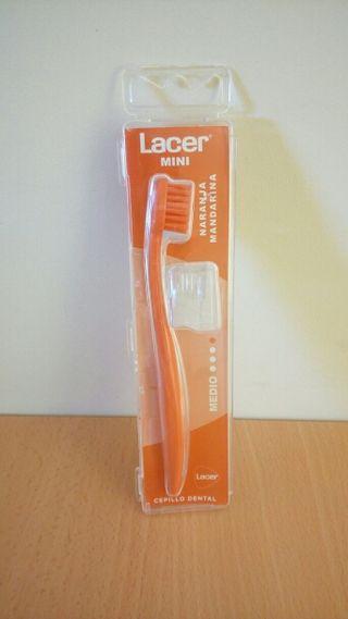 Cepillo dental Lacer, a estrenar