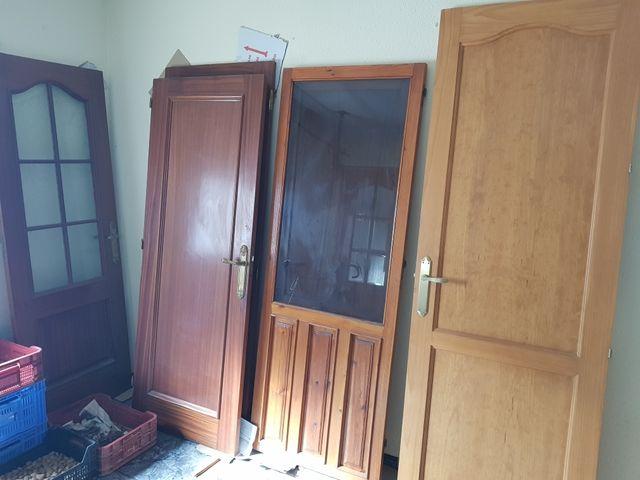 Puerta madera de segunda mano por 1 en baza en wallapop - Garajes de madera de segunda mano ...