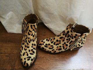 Botines piel de potro Leopardo