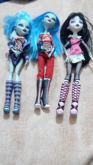 Tres muñecas por 7euros