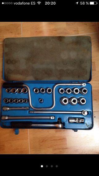 Se vende maletin de herramientas de la marca IRIMO