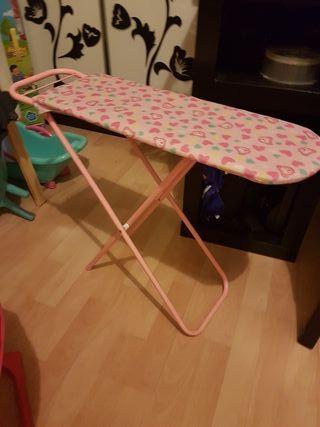 tabla de planchar con plancha