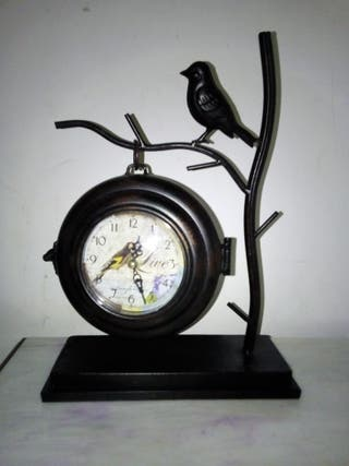 Reloj colgador con pajaros