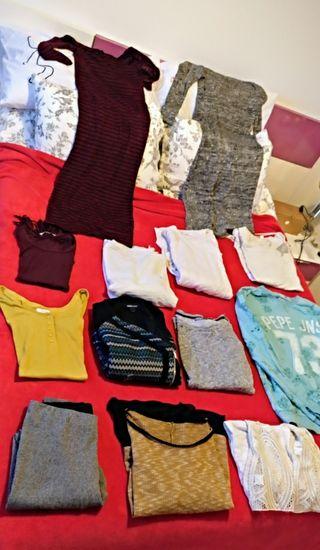varias prendas de ropa por 30€
