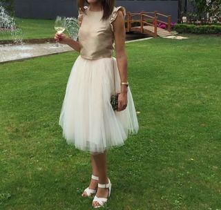 Falda de tul boda de segunda mano en WALLAPOP 4d8b09d5c5b3
