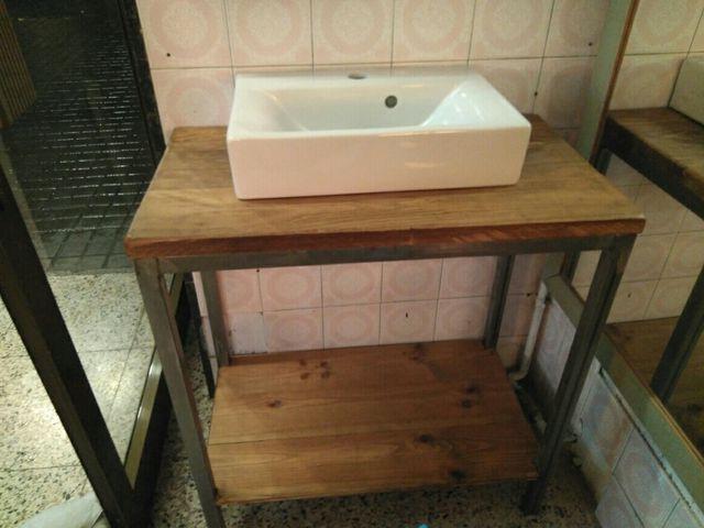 Mueble ba o vintage de segunda mano por 190 en barcelona for Mueble bano vintage