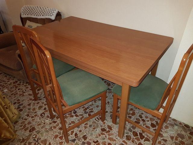 Mesa y sillas comedor de segunda mano por 200 € en Carcaixent - wallapop