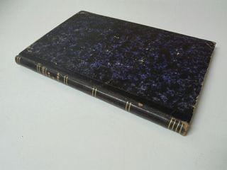 Libro antiguo firmado por el autor