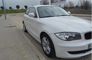 BMW - SERIE 1 116D + LIBRO MANTENIMIENTO