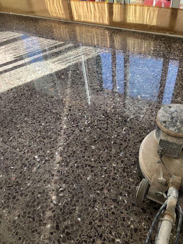 Pulidor de suelos en barcelona en wallapop - Pulidor de suelos ...
