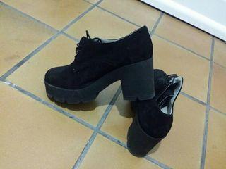 Zapato negro mujer. OCASION
