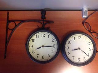 Réplica reloj de estación de tren