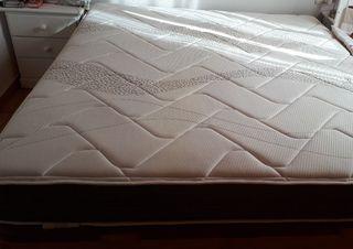 Cama con colchón y canapé nuevo!!