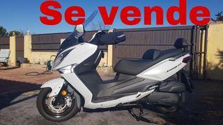 Moto sym joymax 125